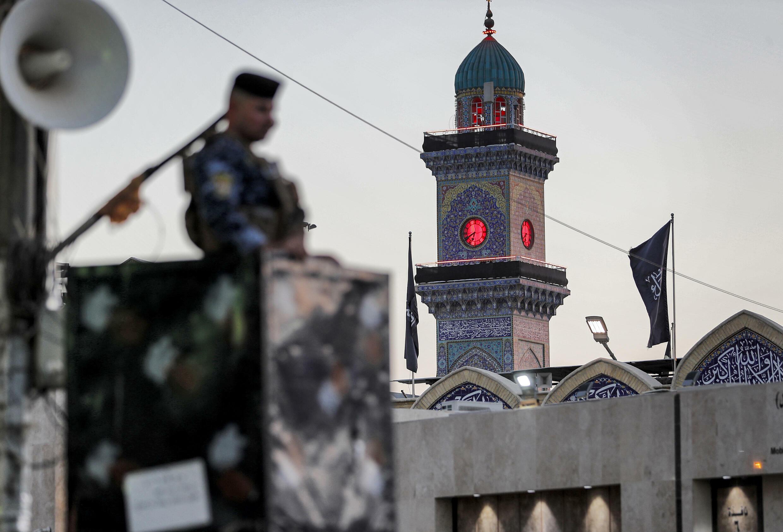 Un policía iraquí en Bagdad, Irak, el 18 de agosto de 2021