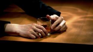 L'OMS a recensé plus de 200 causes de décès dues à l'alcool dans le monde.