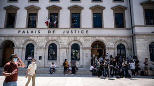 Prosecutors asked the court in Valence to hand down an 18-month sentence for the slapping