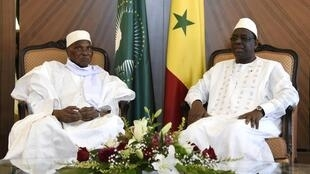 Abdoulaye Wade da Macky Sall a fadar shugaban kasar dake Dakar