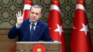 El presidente turco Tayyip Erdogan en el palacio presidencial en Ankara el 4 de agosto de 2016.