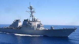 """美海军""""巴里""""号导弹驱逐舰资料图片"""