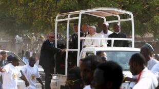 Papa Francisco no bairro de PK5 em Bangui, capital da República Centro-Africana