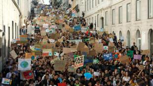 Климатическая забастовка в Лиссабоне, 15 марта 2019.