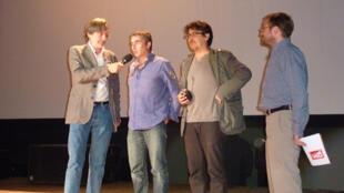 Jean-François Leroy, directeur et fondateur du Festival, Philippe Brault, David Dufresne et Samuel Bollendorff, photographe, président du Jury