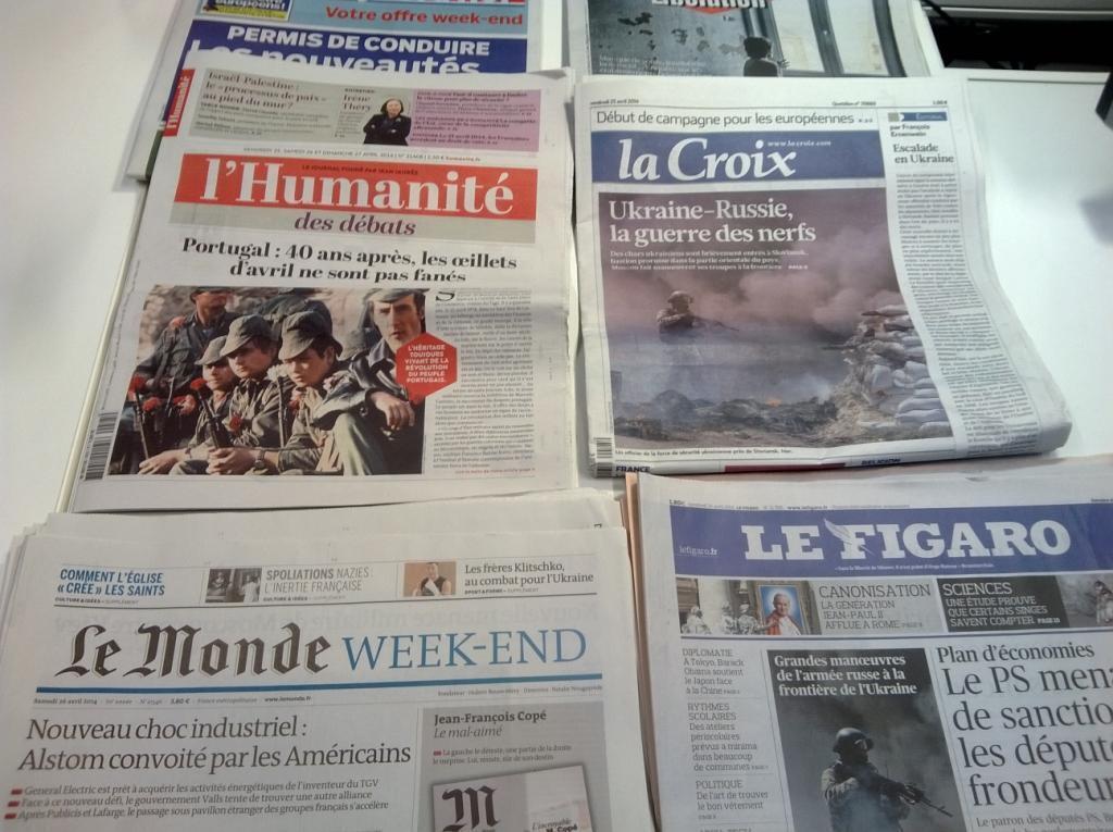 Primeiuras páginas jornais franceses 25/04/2014
