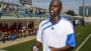 Lúcio Antunes, seleccionador cabo-verdiano de futebol