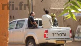 Des sources sécuritaires parlent de plus en plus de la présence de Français dans les rangs des jihadistes au nord du Mali. On voit ici l'un d'eux sur cette image prise à Gao.