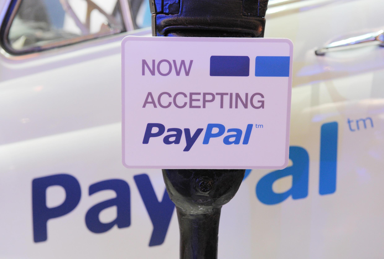 Le service de paiement en ligne PayPal ne reconnaît pas le système bancaire local, ce qui bride l'économie selon des hommes d'affaires palestiniens.