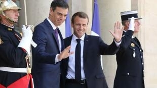 France's President Emmanuel Macron welcomed Spanish Prime Minister Pedro Sanchez to the Élysée Palace on June 23.