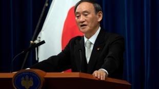 Le Premier ministre japonais Yoshihide Suga prend la parole lors d'une conférence de presse à Tokyo, Japon, le 16 septembre 2020.