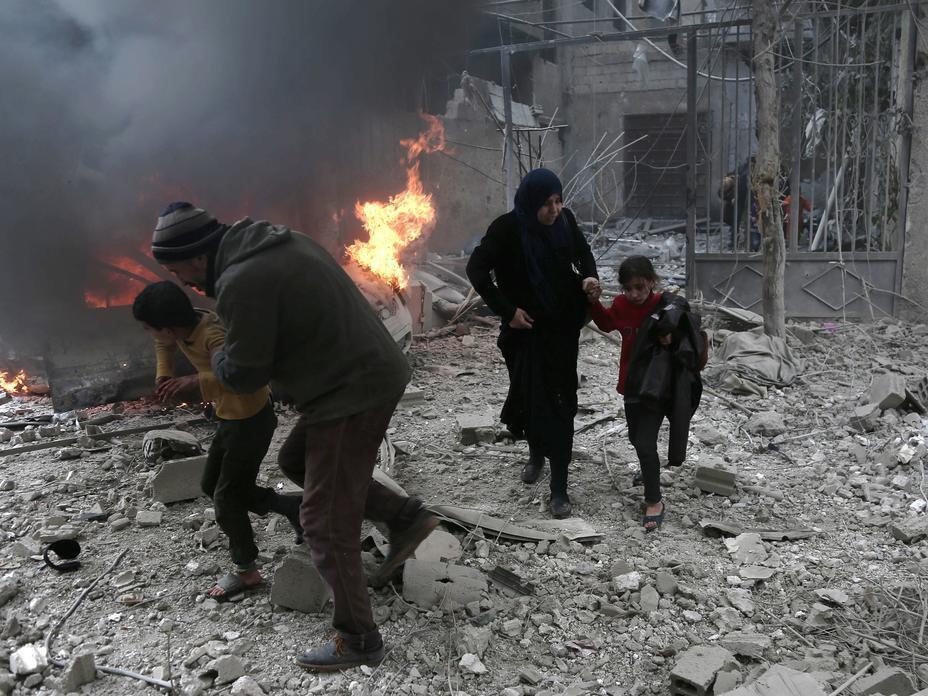 Hali ilivyo Mashariki mwa  Ghouta nchini Syria kutokana na mashambulizi yanayoendelea.Wakaazi wanakimbia.