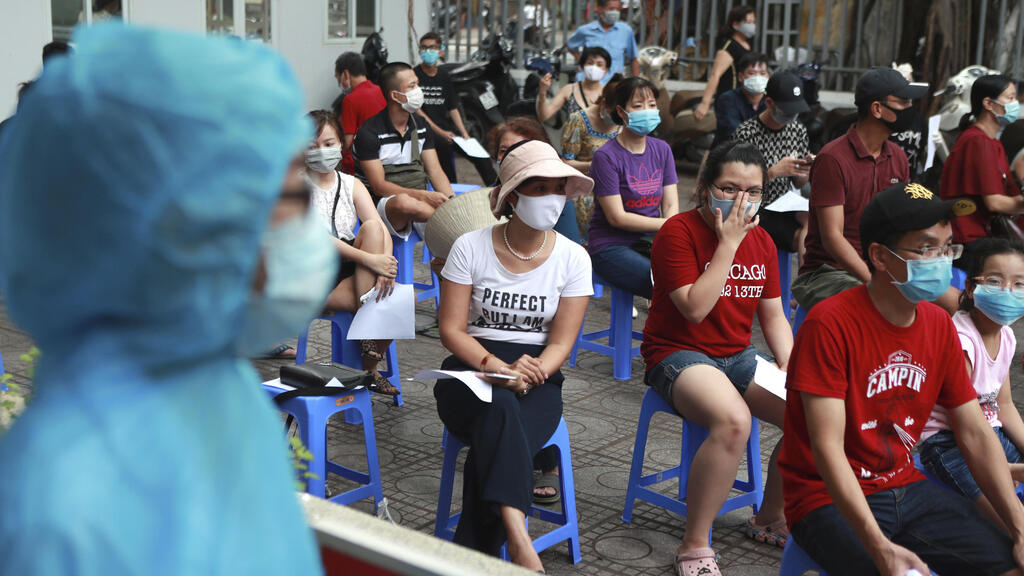 Việt Nam: Ca tử vong thứ 10 vì Covid-19, đỉnh dịch có thể trong 10 ngày tới