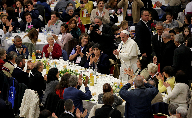 سفرۀ پاپ برای فقرا