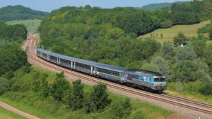 Linha Belfort-Paris  de trem Intercité.
