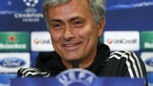L'entraîneur de Chelsea, Jose Mourinho, lors d'une conférence de presse à Stamford Bridge, le 29 avril 2014.