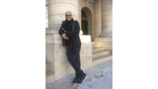 Le metteur en scène Ahmed Madani.