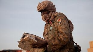 Soldier of the Justice Equality Movement at the Sudan Armed Forces' Aliny Base of Heglig on 15 April 2012