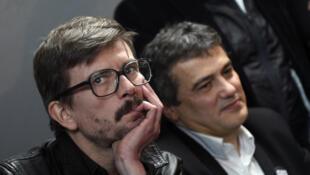 Luz (g) quittera Charlie Hebdo en septembre. C'est trop compliqué pour lui de continuer son travail, dit-il.