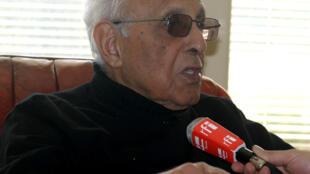 Ahmed Kathrada a wata fira da ya yi da tashar rediyon Faransa International.