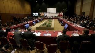 Una imagen del plenario en la cumbre del MERCOSUR, Paraguay, diciembre 2015.