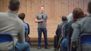 Mark Zuckerberg, fundador do Facebook, em palestra nos EUA.