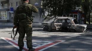 Вооруженный пророссийский сепаратист, Донецк, 27 августа 2014 г.