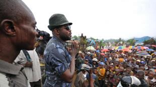 Kiongozi wa kivita Sheka Ntabo Ntaberi katika mkutano wa mwezi Novemba 2011 (picha ya zamani).