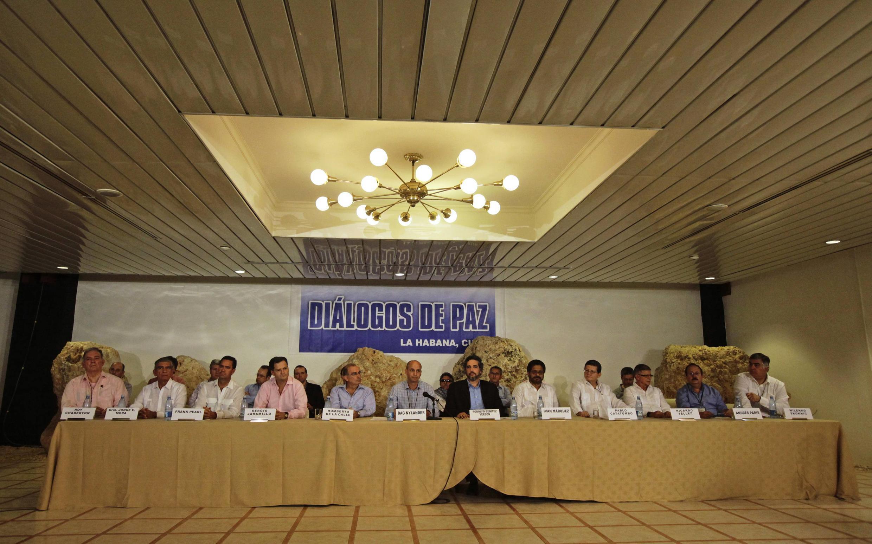 O governo colombiano e as Farc chegaram a um acordo nesta quarta-feira (6) que garantirá a participação do grupo rebelde na política.