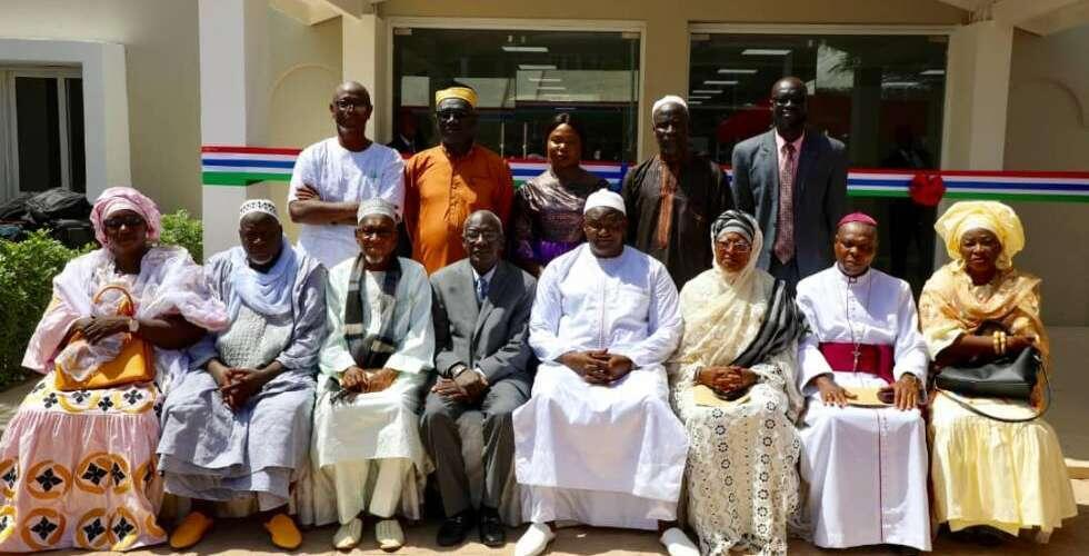 Gambian President-Adama-Barrow-poses with members of the Truth, Reconciliation and Reparations Commission