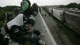 Les migrants d'Amérique du Sud et d'Amérique centrale qui tentent de rejoindre les Etats-Unis en traversant le Mexique sont la cible d'enlèvement et d'extorsion par les trafiquants de drogue.