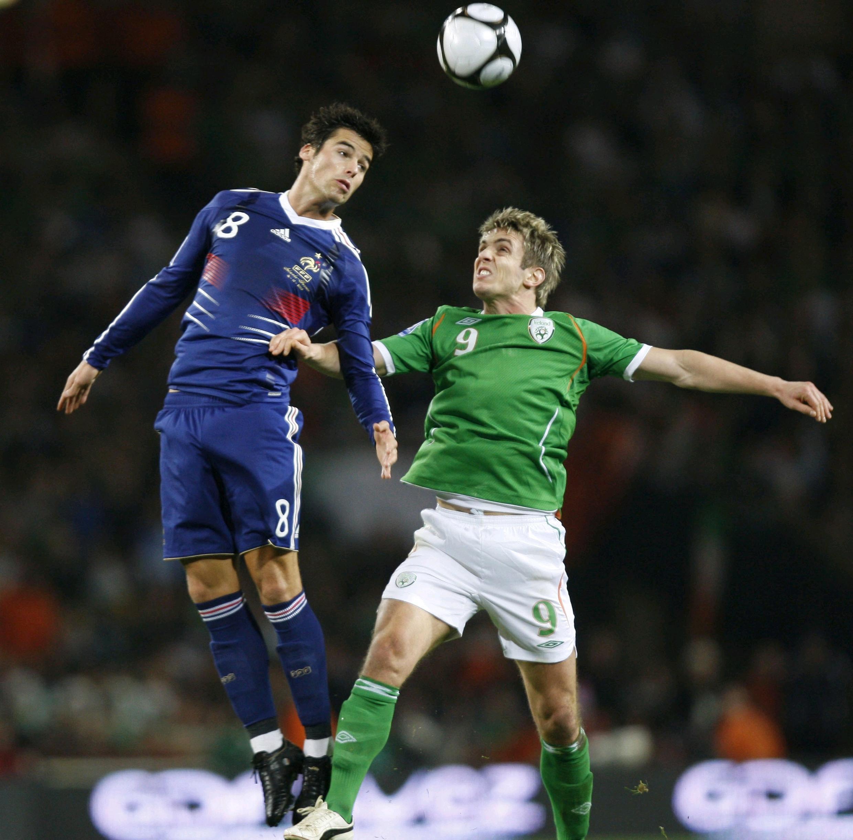 Yoann Gourcuff en difficulté face aux Irlandais.