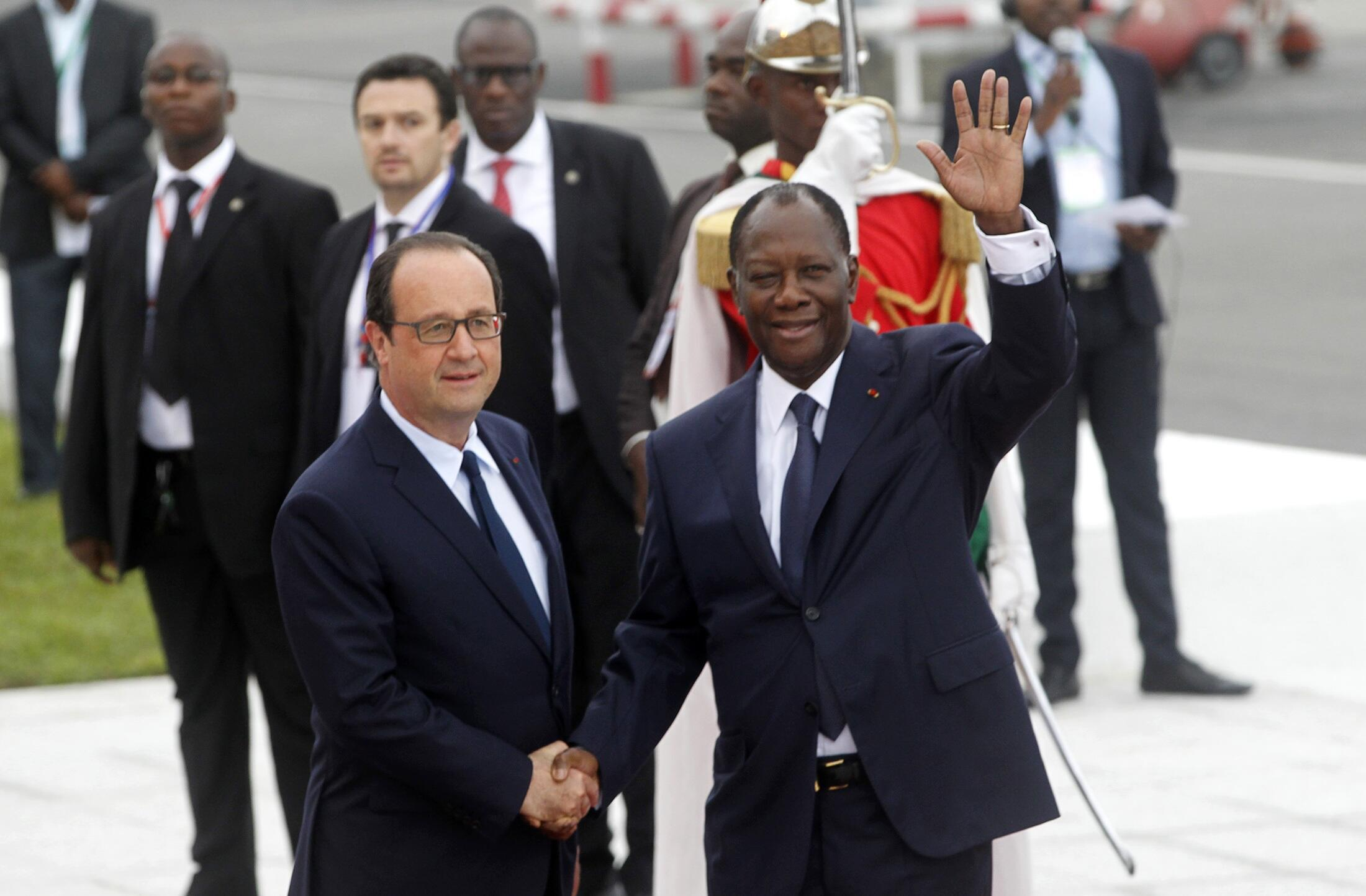Франсуа Олланд встретился с президентом Кот-д'Ивуара Алассаном Уаттарой, Абиджан, 17 июля 2014 г.