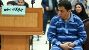 """سخنگوی قوه قضاییه، روز یکشنبه ١٨ آذر/ ۹ دسامبر ٢٠۱٨ ،حکم اعدام برای """"حمید باقری درمنی"""" را به اتهام اختلاس و کلاهبرداری، تأیید کرد."""