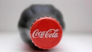 可口可乐标识瓶盖