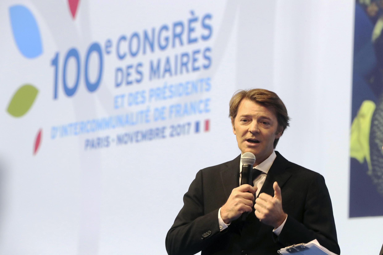 فرانسوا بروُان رئیس انجمن شهردارهای فرانسه در صدمین کنگرۀ سالانۀ آنها
