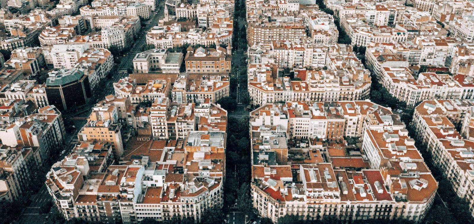 Manzanas del Eixample en Barcelona, concebidas por Ildefonso Cerdá en el siglo XIX.