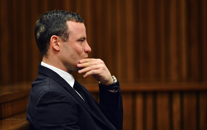 """Quando cometeu o assassinato de sua namorada, o atleta sul-africano Oscar Pistorius """"não sofria de nenhum problema ou doença mental""""."""