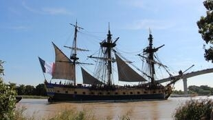 Life-size replica of the Hermione in the French port of Rochefort, set to sail to Boston, 8 September 2014.