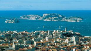 Marseille et ses îles.
