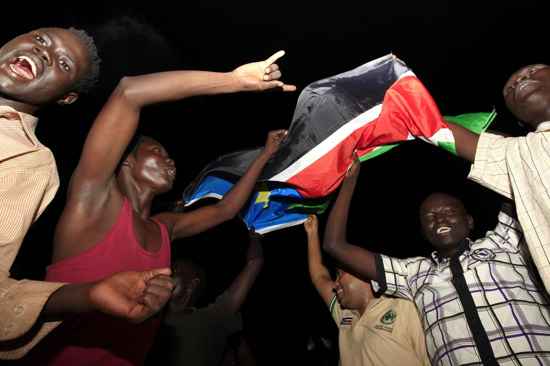 Raia wa Sudan Kusini wakisherehekea uhuru wao mwaka 2011