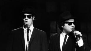 Dan Aykroyd  (Elwood Blues) et John Belushi (Jake Blues), le 18 novembre 1978.