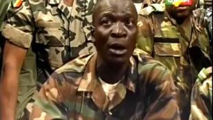 Les mutins, regroupés au sein d'un Comité national pour le redressement de la démocratie et la restauration de l'Etat (CNRDR), présidé par le capitaine Amadou Sanogo, ont pris la parole ce jeudi 22 mars au matin.