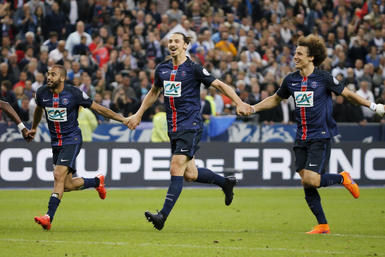 Jogadores do PSG comemoram conquista da Copa da França. (30/05/15)