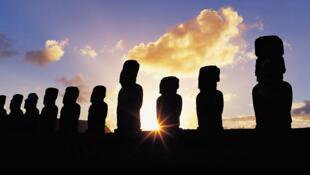 A l'île de Paques, l'éclipse totale du soleil va durer cinq minutes, de nombreux touristes sont attendus.