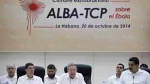 Líderes da América Latina se reuniram em Cuba para discutir epidemia de ebola.