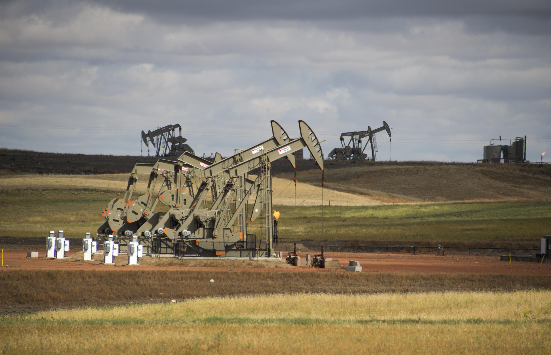 Một trạm bơm dầu gần Williston, North Dakota, ngày 06/09/2016.