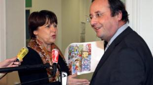 Martine Aubry (g) devrait se déclarer candidate comme l'a déjà fait François Hollande (d).