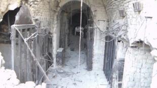 O centro histórico da cidade de Aleppo, no local do maior mercado coberto Al-Madina, que foi completamente destruído no dia 13 de outubro; os combates continuam violentos nesta que é a segunda maior cidade da Síria.