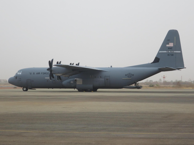 Un C130-J «Hercules», fabriqué par Lockheed Martin aux Etats-Unis, photographié ici au Niger.